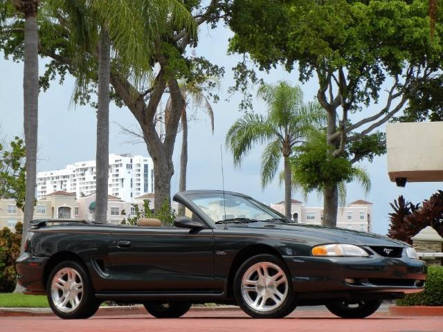 1998 Ford Mustang | 908641