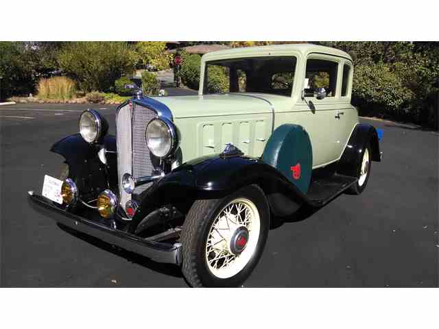 1932 Pontiac Dual Sidemount Deluxe Coupe | 908761