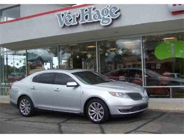 2014 Lincoln 4-Dr Sedan   908815