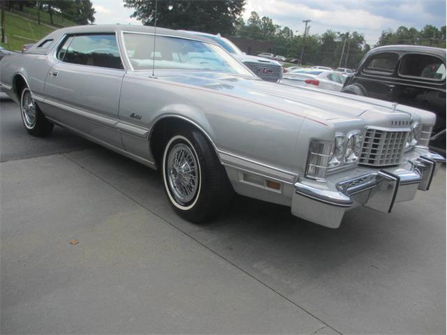1976 Ford Thunderbird | 909106