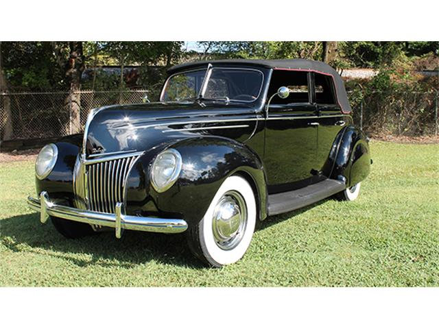 1939 Ford Deluxe | 909391