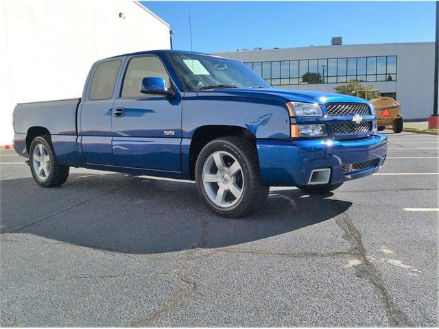 2004 Chevrolet Silverado 1500 SS | 909443