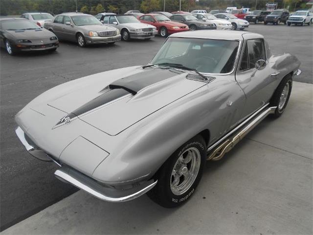 1965 Chevrolet Corvette | 909468