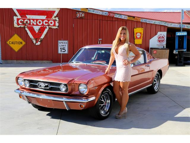 1966 Ford Mustang | 909472