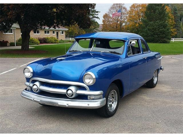 1951 Ford Custom | 909483