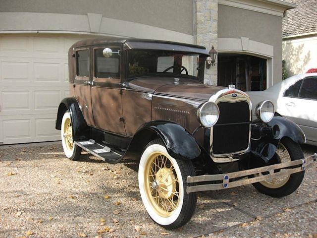 1928 Ford Model A | 909500