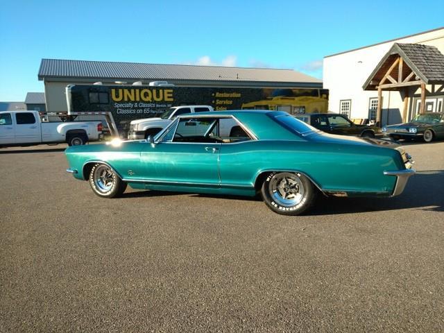 1965 Buick Riviera | 909518