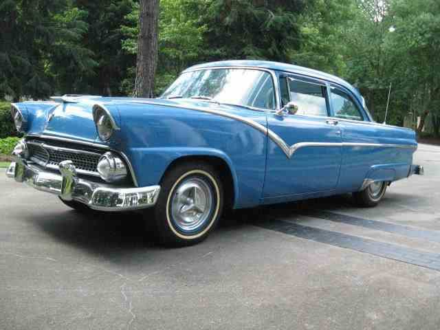 1955 Ford Fairlane | 909770