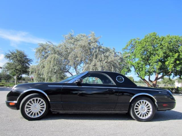 2005 Ford Thunderbird | 909790