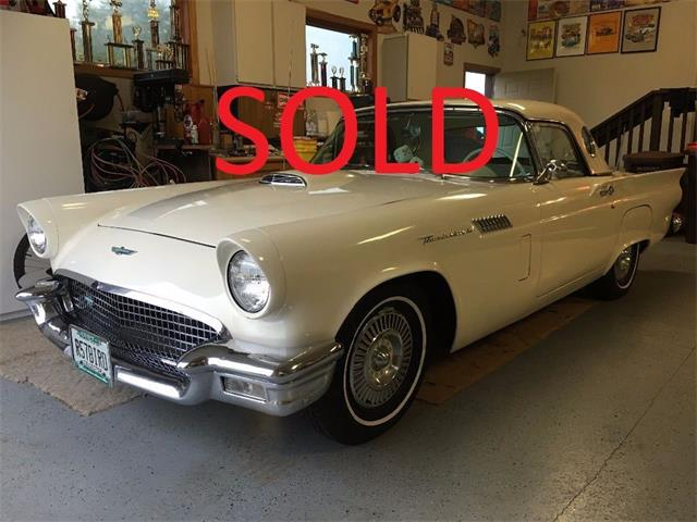 1957 Ford Thunderbird | 909840