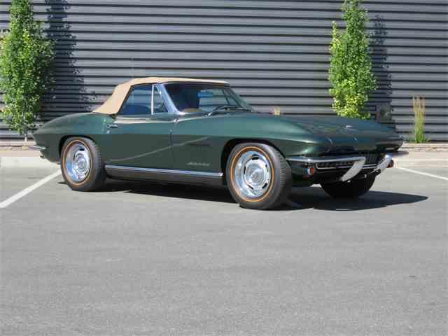 1967 Chevrolet Corvette | 911025