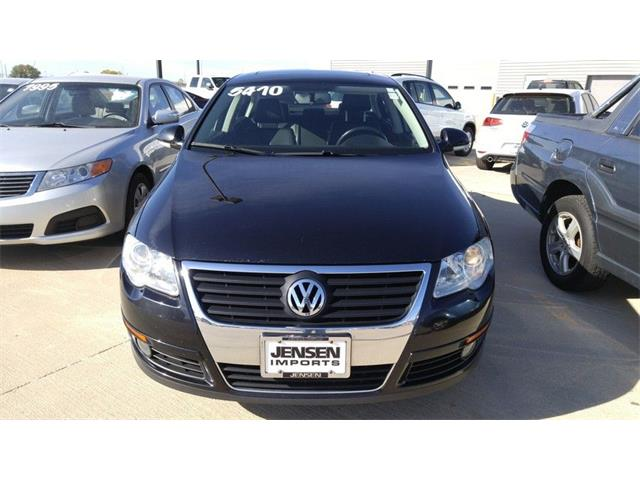 2010 Volkswagen Passat Komfort | 910112