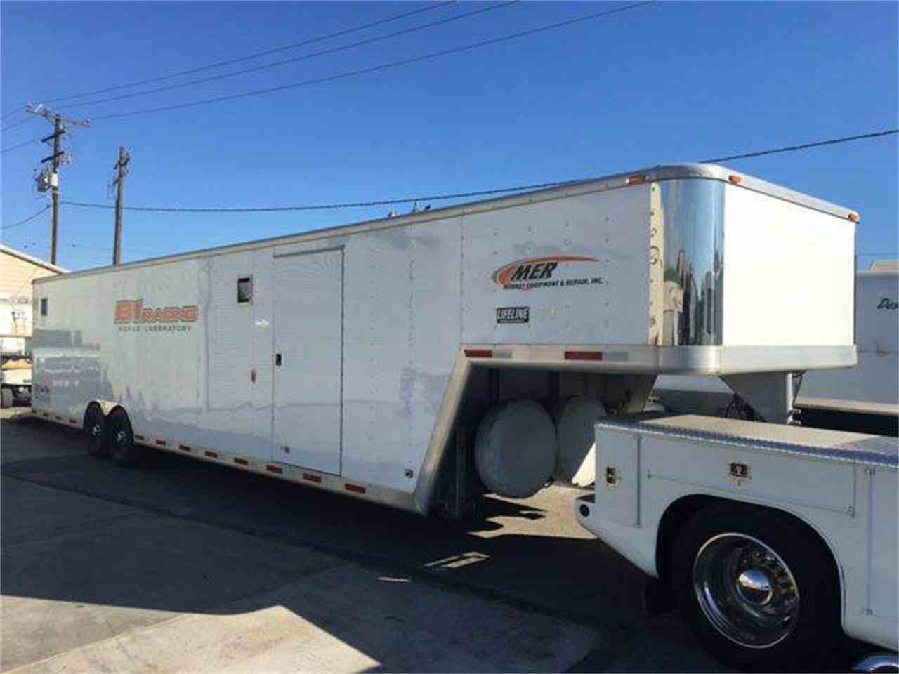 Large Picture of '04 Gooseneck 5th Wheel - JJ2K