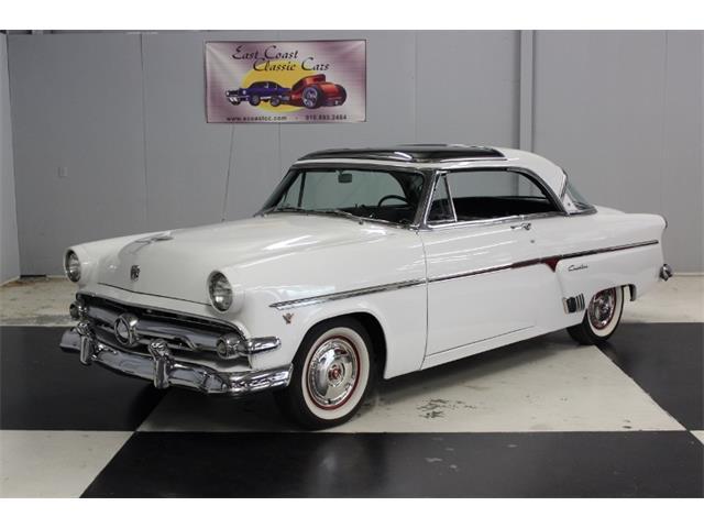 1954 Ford Crestline | 911232