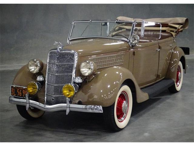 1935 Ford Phaeton | 911330