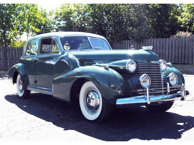 1940 Cadillac Series 60 | 911355