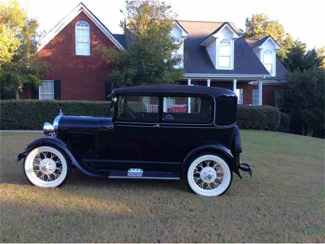 1928 Ford Tudor | 911457