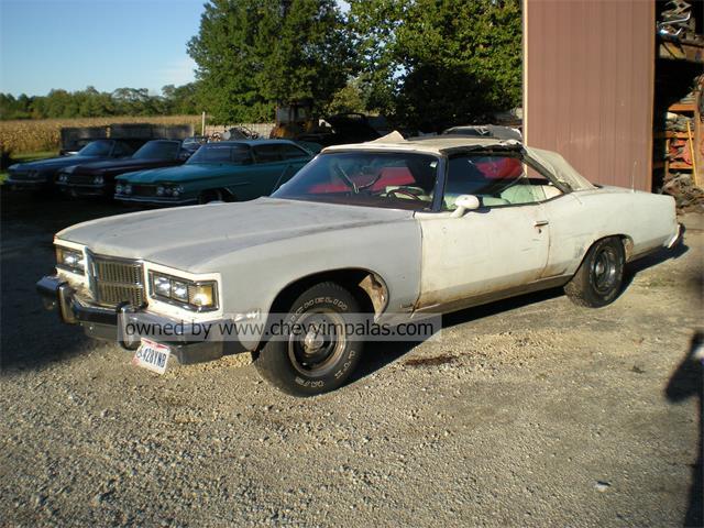 1975 Pontiac Grand Ville | 911480