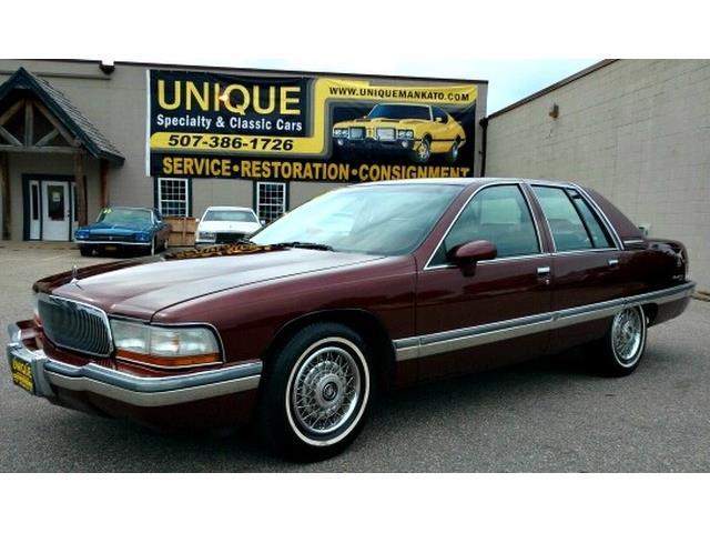 1992 Buick Roadmaster | 911536