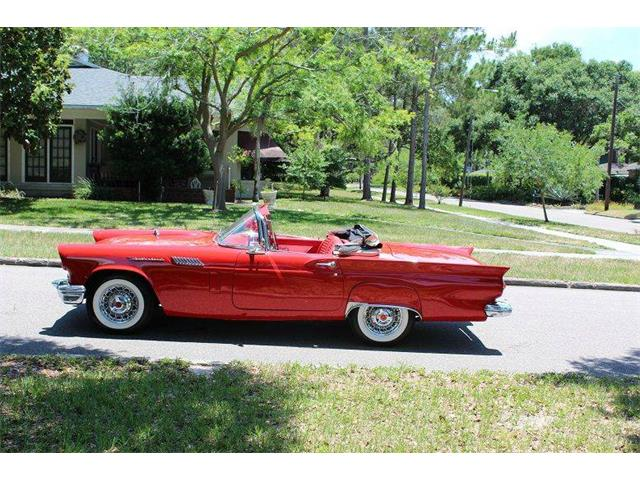 1957 Ford Thunderbird | 911568