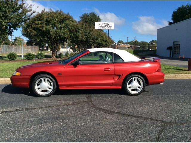 1994 Ford Mustang GT | 910162