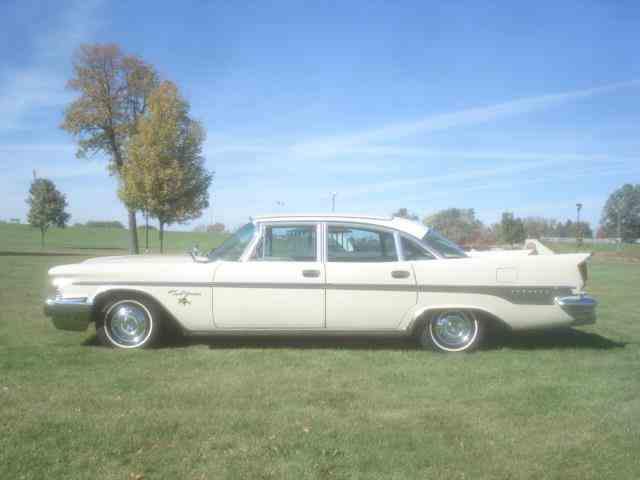 1959 Chrysler New Yorker | 911646
