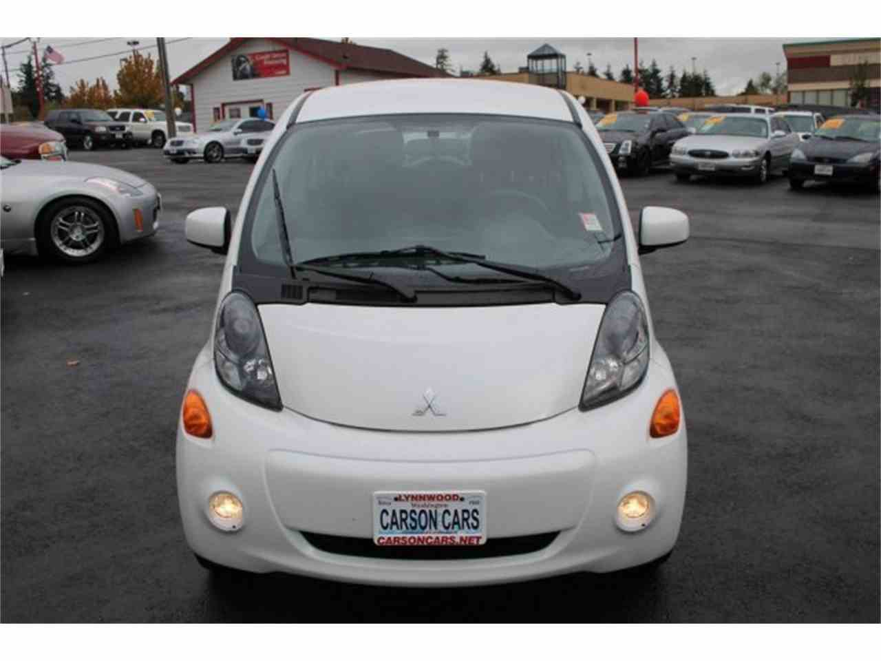 Large Picture of '14 Mitsubishi i-MiEV located in Lynnwood Washington - $9,995.00 - JJJG