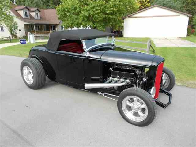 1932 Ford Roadster | 911896