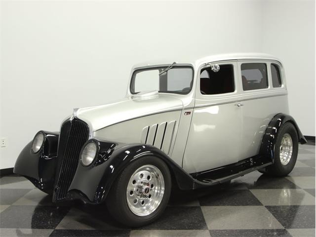 1933 Willys 2 Door Sedan | 911908