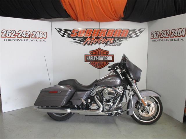 2014 Harley-Davidson® FLHXS - Street Glide® Special | 910194