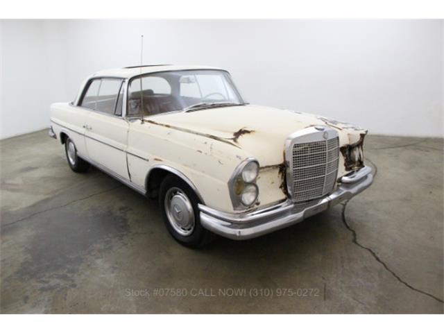 1966 Mercedes-Benz 220SE | 911970