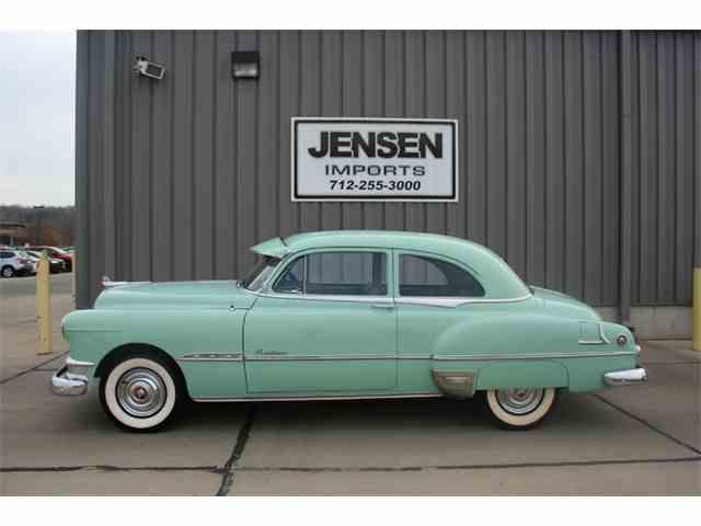 1951 Pontiac Chieftain   911974