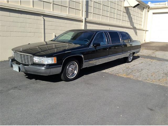 1993 Cadillac Fleetwood Limousine | 912054