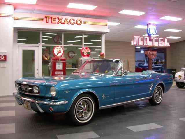 1966 Ford Mustang | 912245