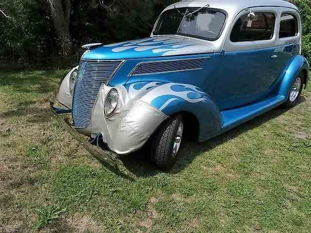 "1937 Ford Tudor Humpback ""Coach"" 