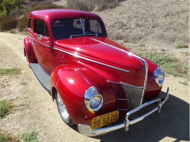 1940 Ford Deluxe | 912943