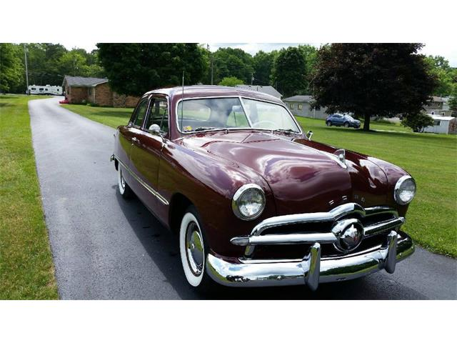 1949 Ford Custom | 913011