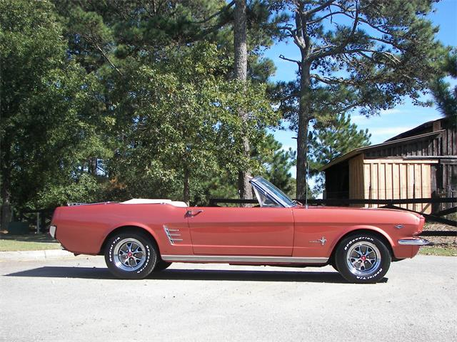 1966 Ford Mustang | 913035