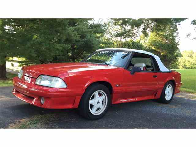 1992 Ford Mustang GT | 913036