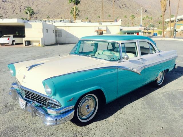 1956 Ford Fairlane | 913254