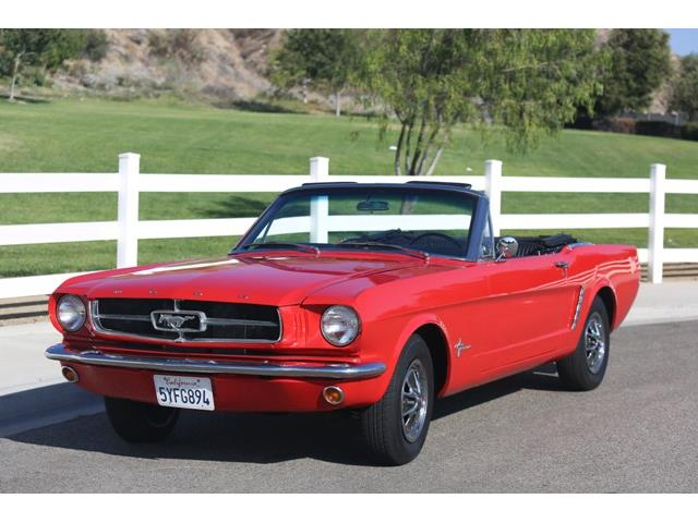 1965 Ford Mustang | 913397