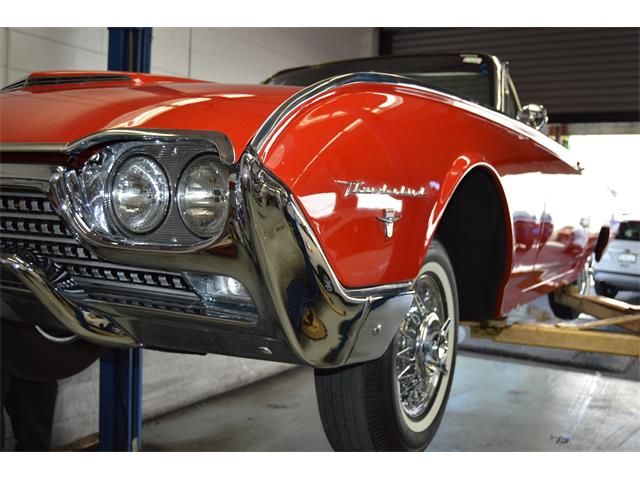 1962 Ford Thunderbird | 913425