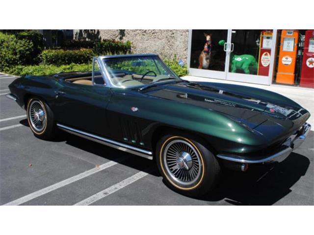 1965 Chevrolet Corvette | 913438