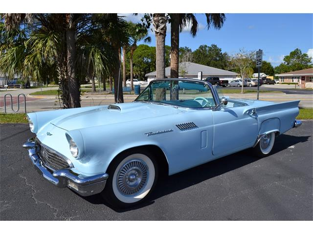 1957 Ford Thunderbird | 913593
