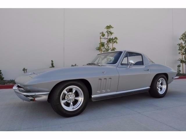 1966 Chevrolet Corvette | 913658