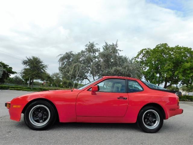 1983 Porsche 944 | 913659