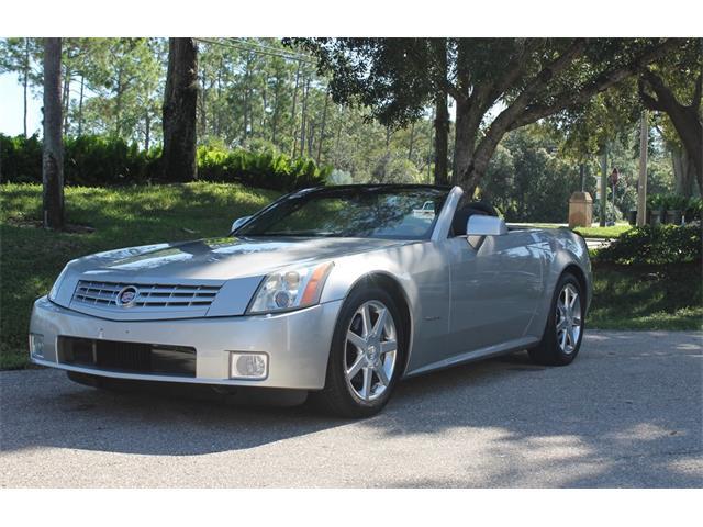 2004 Cadillac XLR | 913798