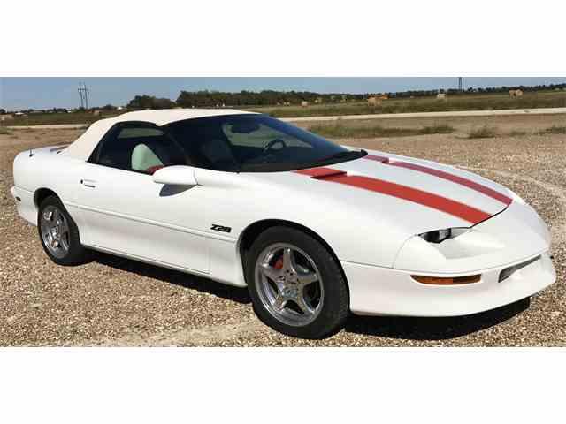 1997 Chevrolet Camaro | 913857
