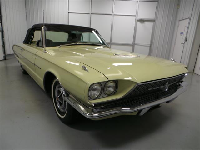 1966 Ford Thunderbird | 913895