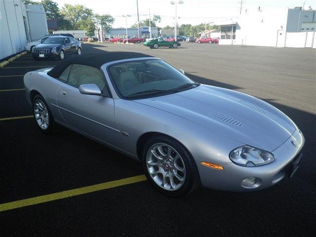 2001 Jaguar XKR | 910039
